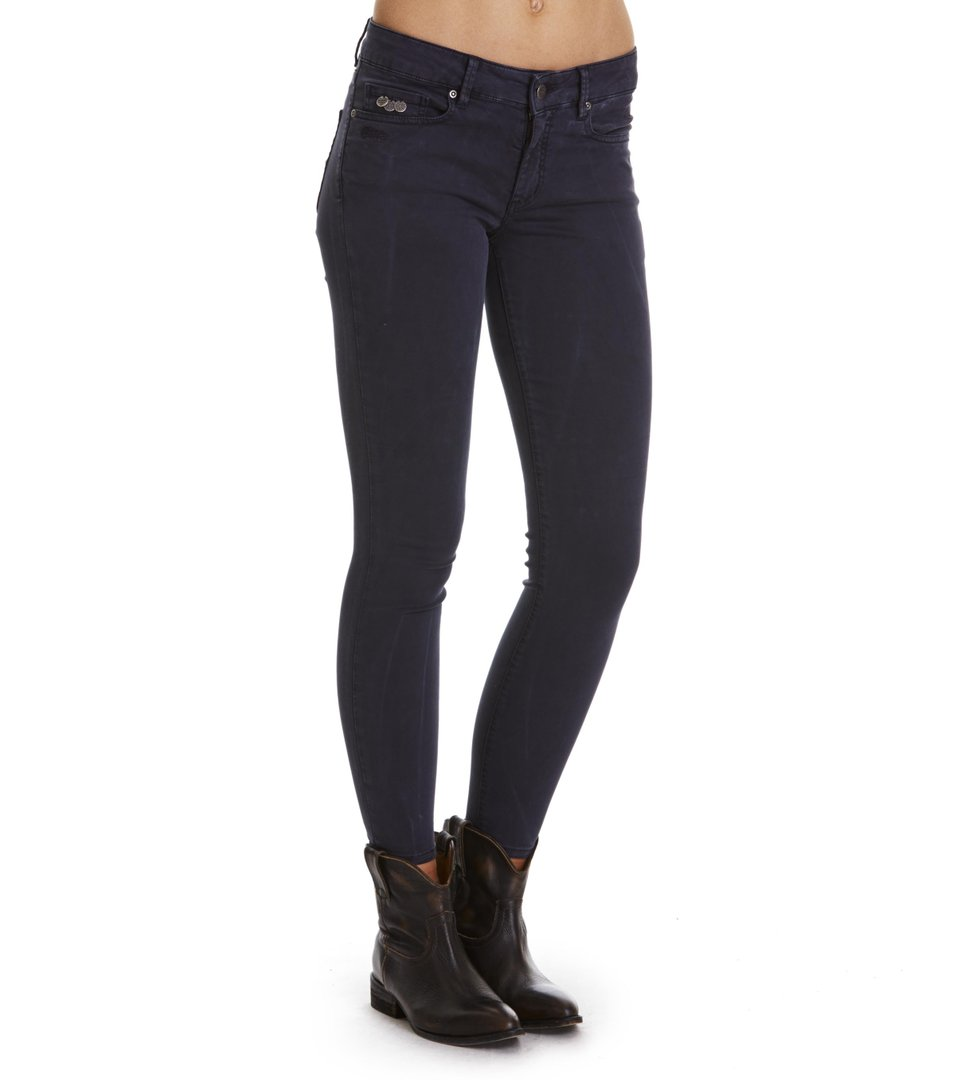 Stretch Blueblack Cropped Jean