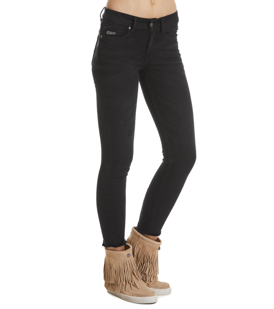 Stretch Black Cropped Jean