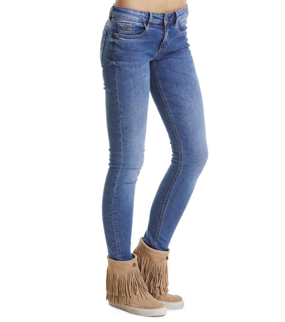 Stretch It Skinny-Fit Jean