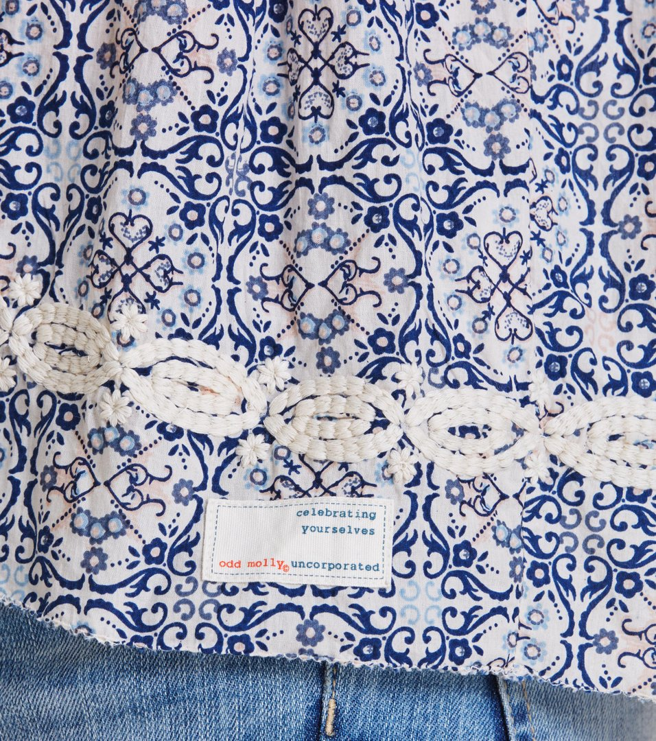 fin-tastic sleeveless blouse