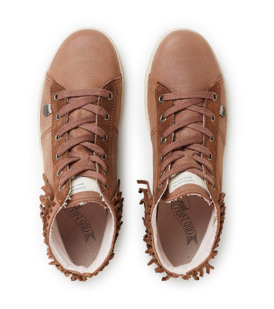 Jump High Sneakers