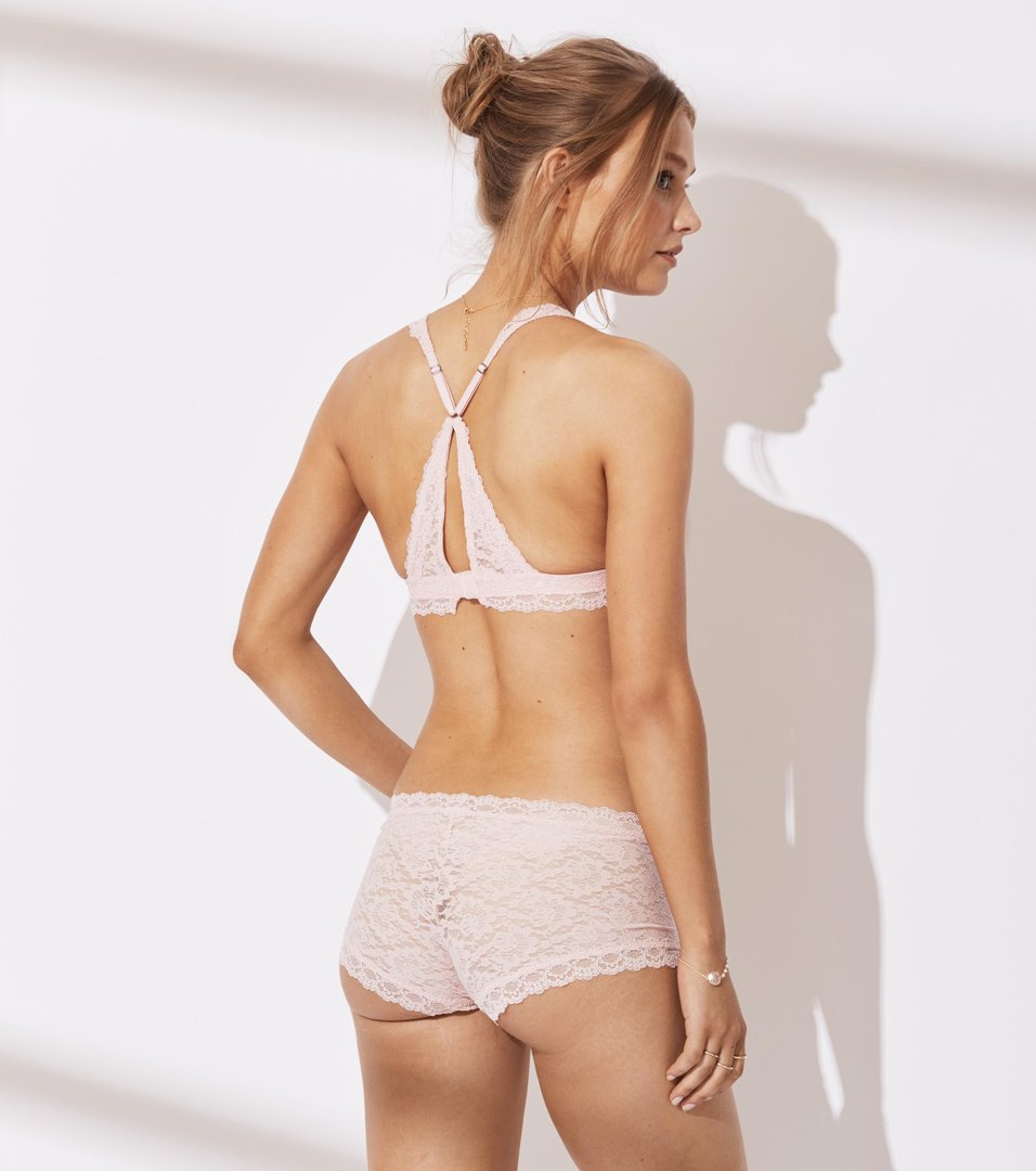 Lace Oddity Hot Pants