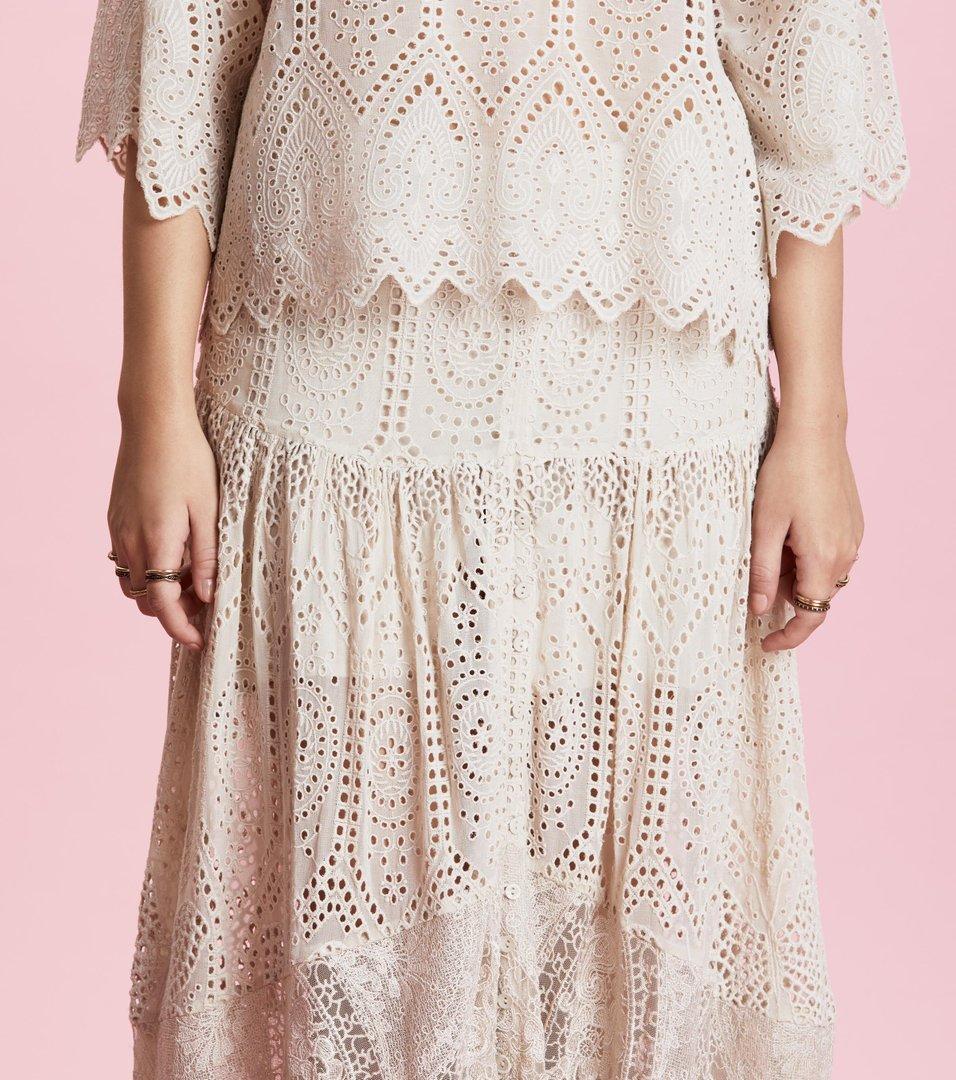 chapel skirt